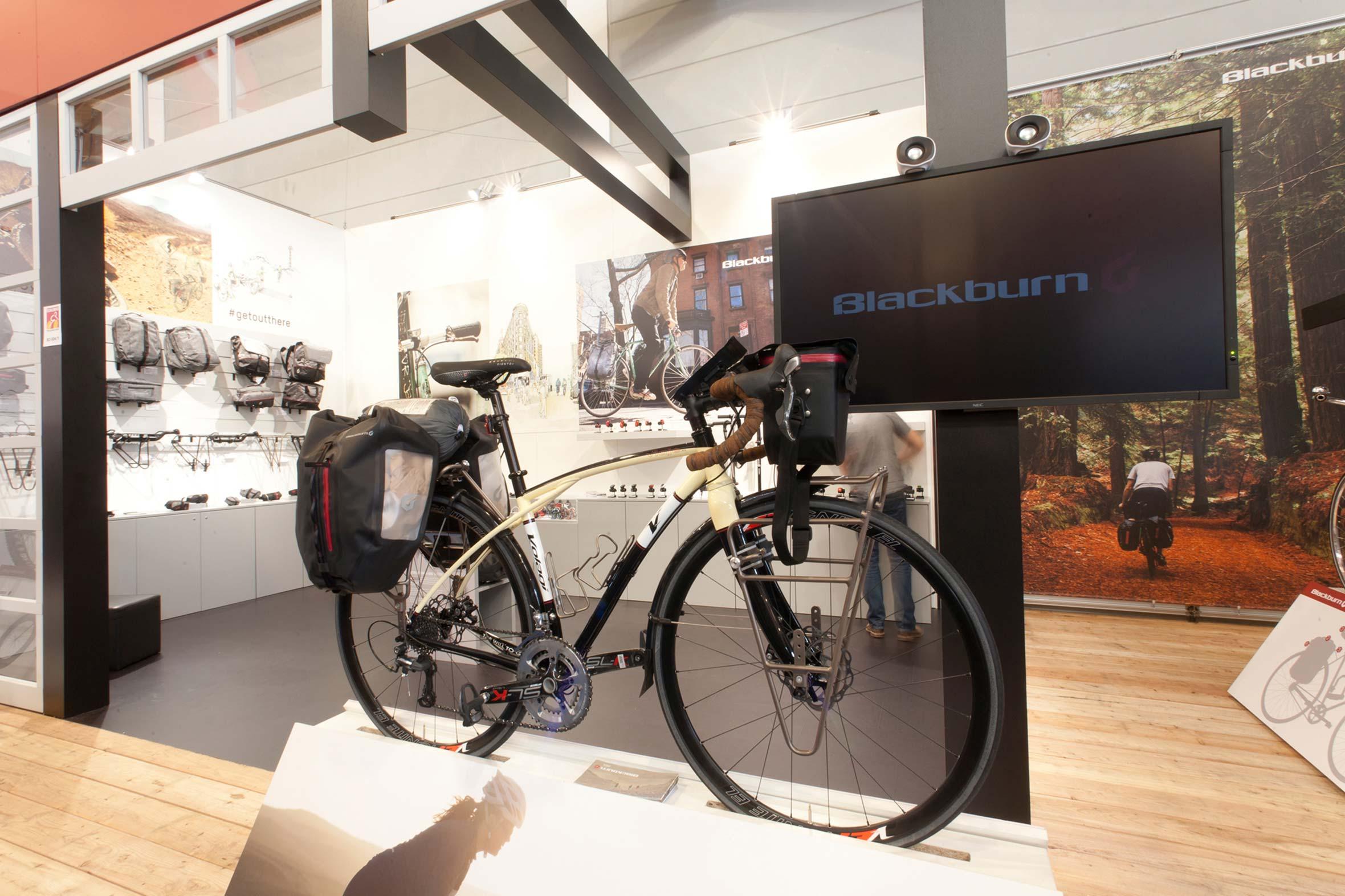 Tonia Bürkle (blaugrau): Blackburn Design für Eurobike FriedrichshafenBlackburn Design 2