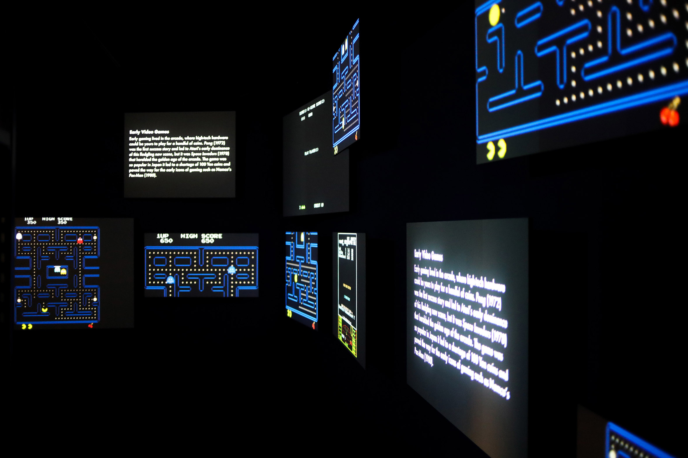 Tonia Bürkle (blaugrau): Digital Revolution für Deutsches Filmmuseum Frankfurt 3
