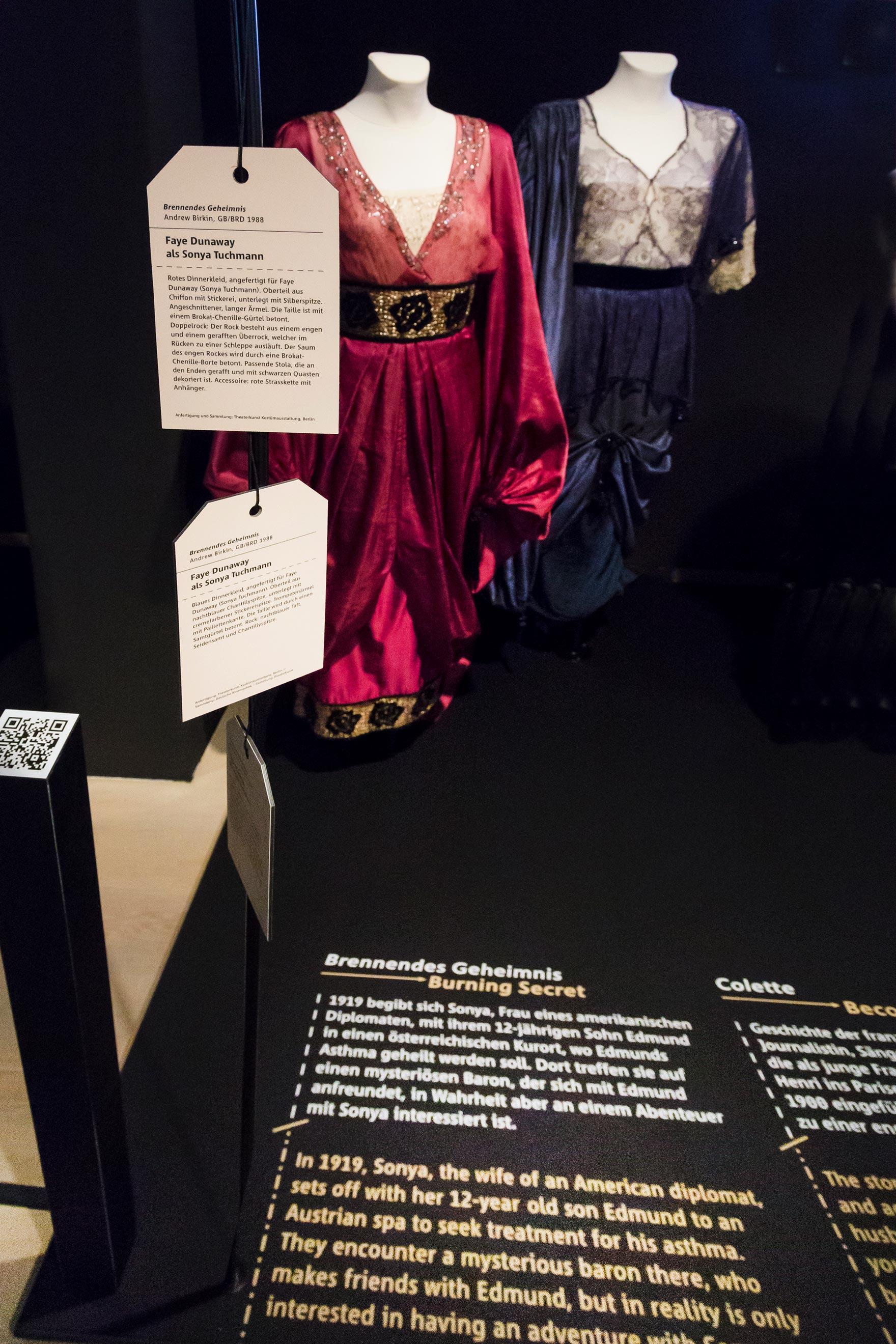 Tonia Bürkle (blaugrau): HAUTNAH. Die Filmkostüme von Barbara Baum für Deutsches Filmmuseum Frankfurt 11