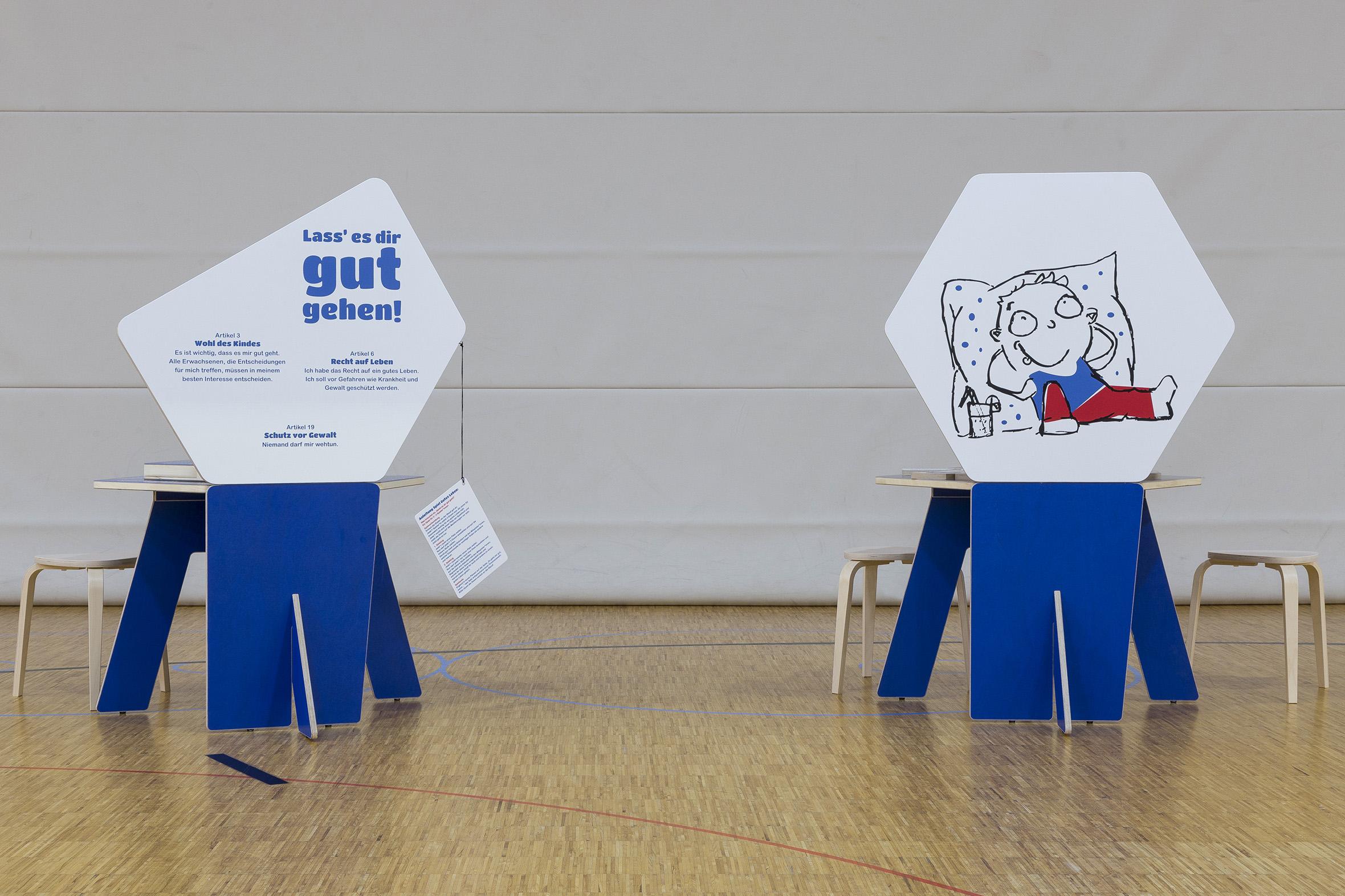 Tonia Bürkle (blaugrau): Kinder haben Rechte! Mobile Ausstellung für Kinderbüro Frankfurt 14