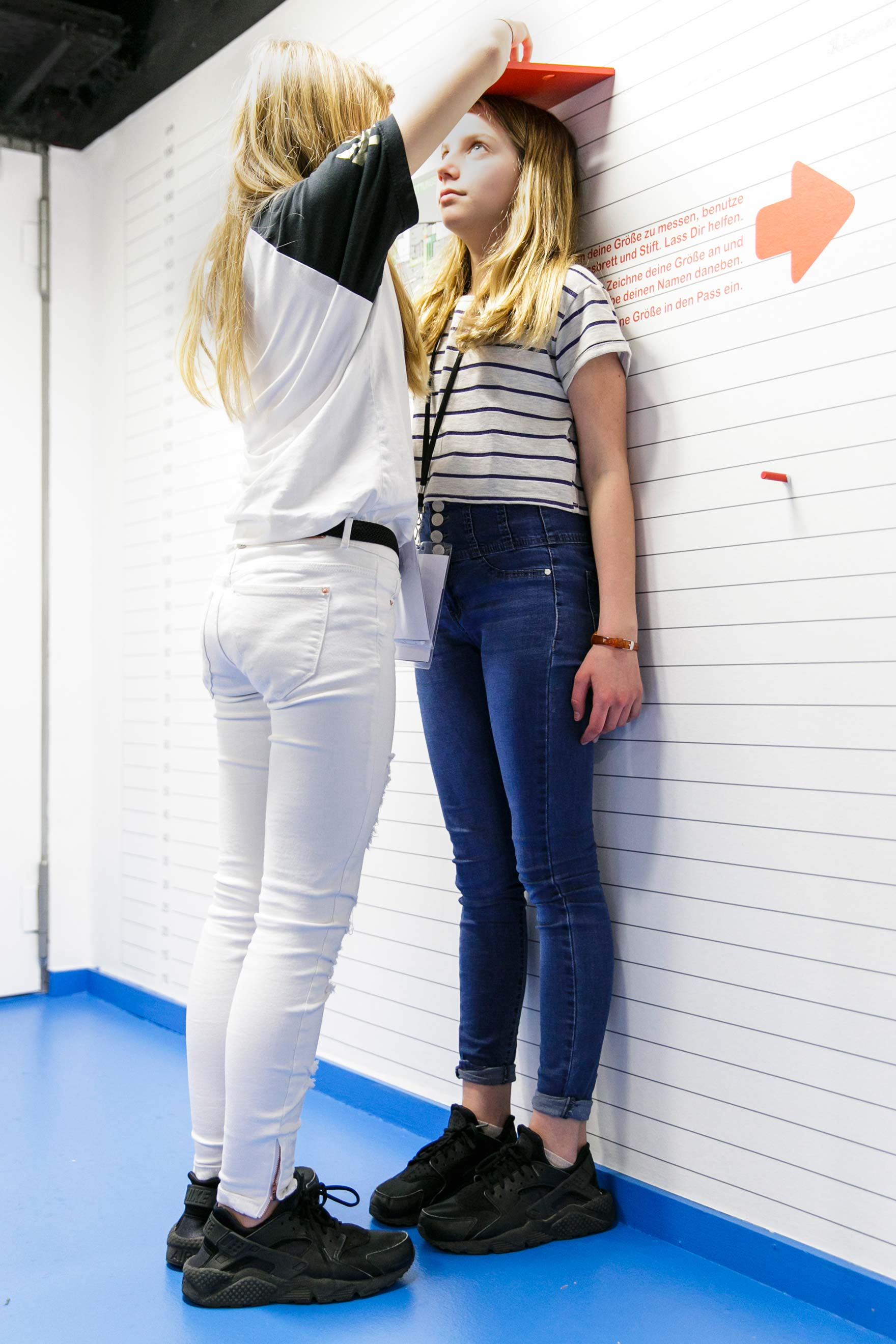 Tonia Bürkle (blaugrau): Kinder haben Rechte! für Kindermuseum Frankfurt 3