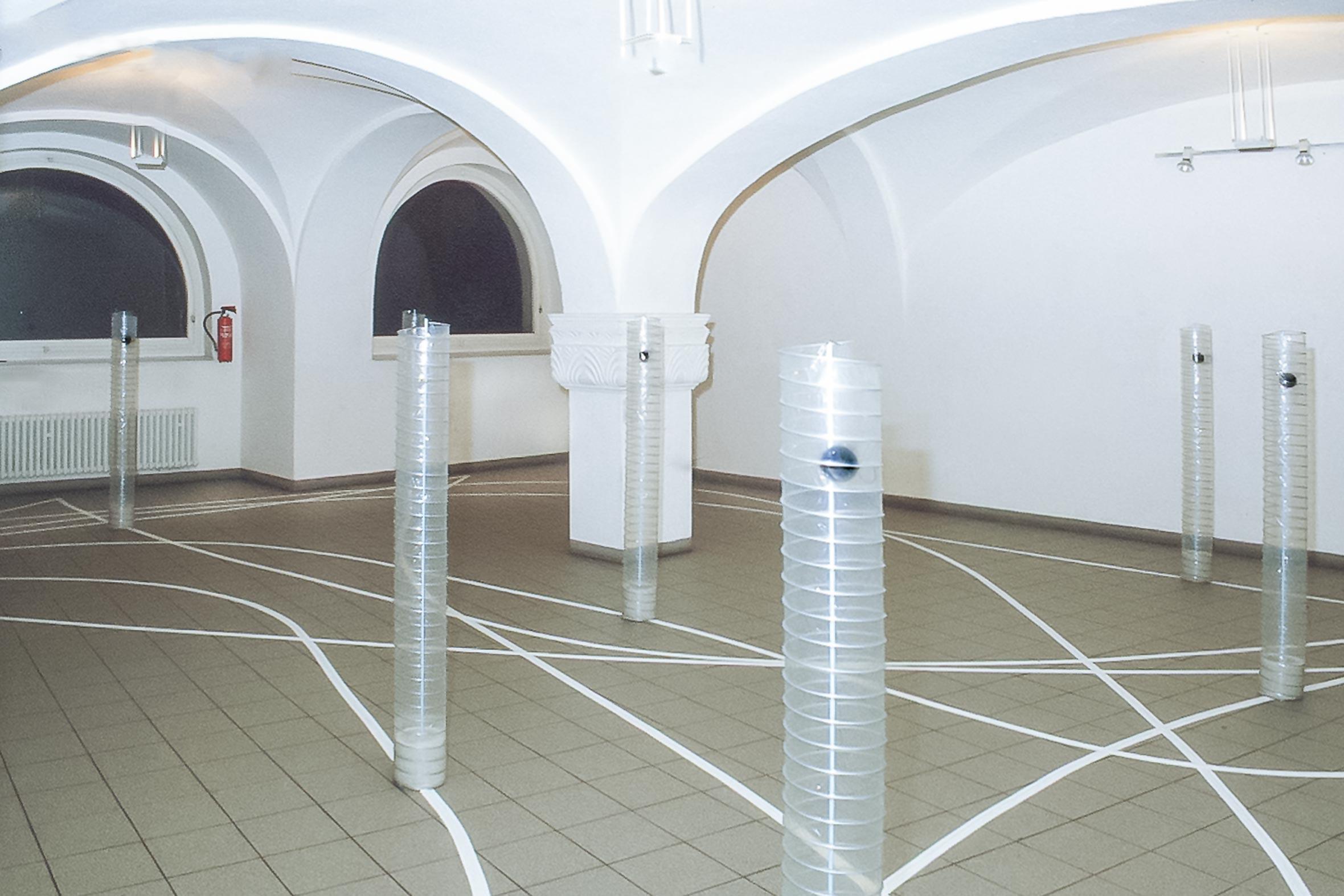 Tonia Bürkle (blaugrau): Raum Figur Weg für Hochschule für Gestaltung OffenbachRaum Figur Weg 3