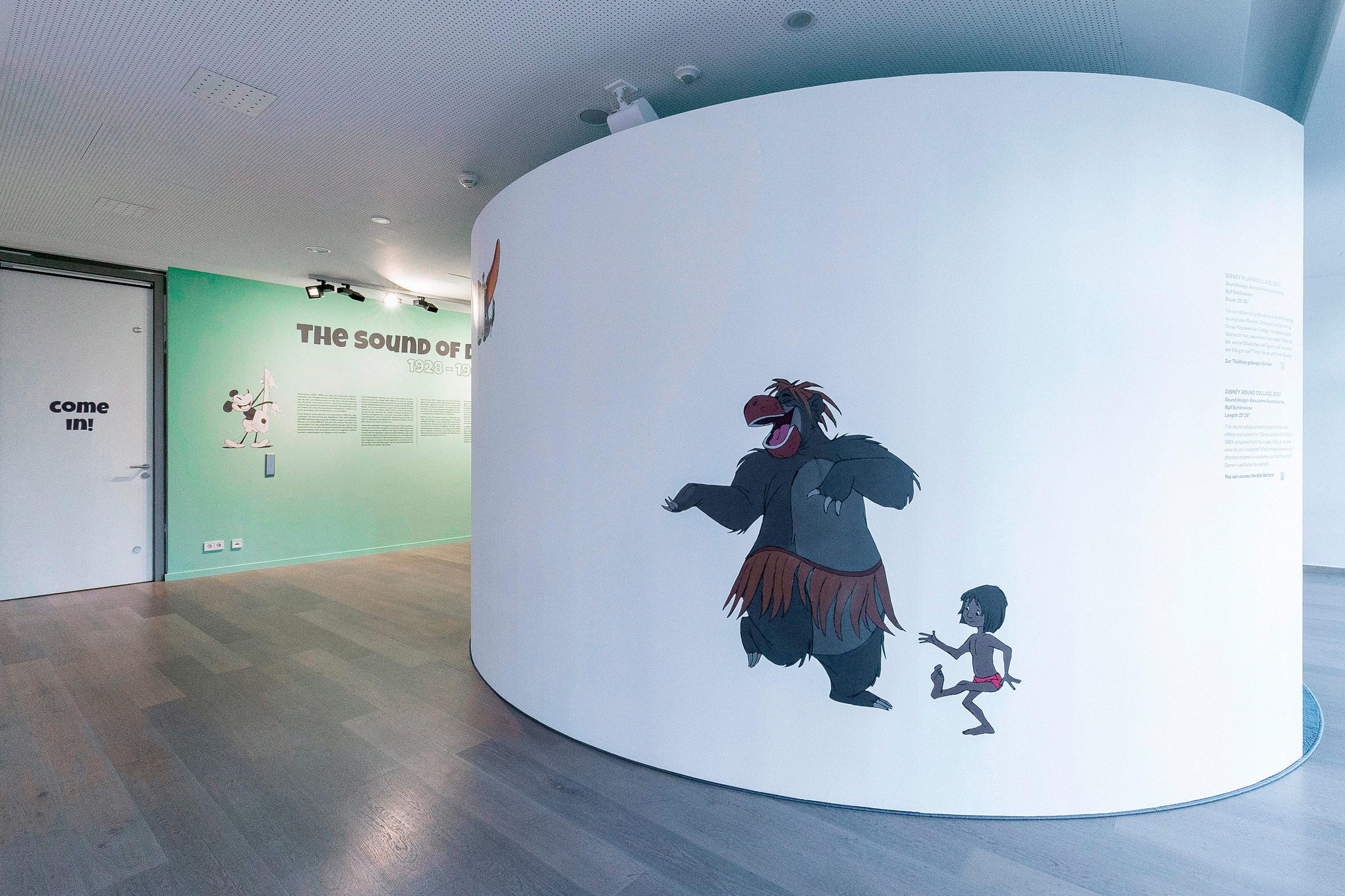 Tonia Bürkle (blaugrau): The Sound of Disney. 1928–1967 für Deutsches Filmmuseum Frankfurt 1