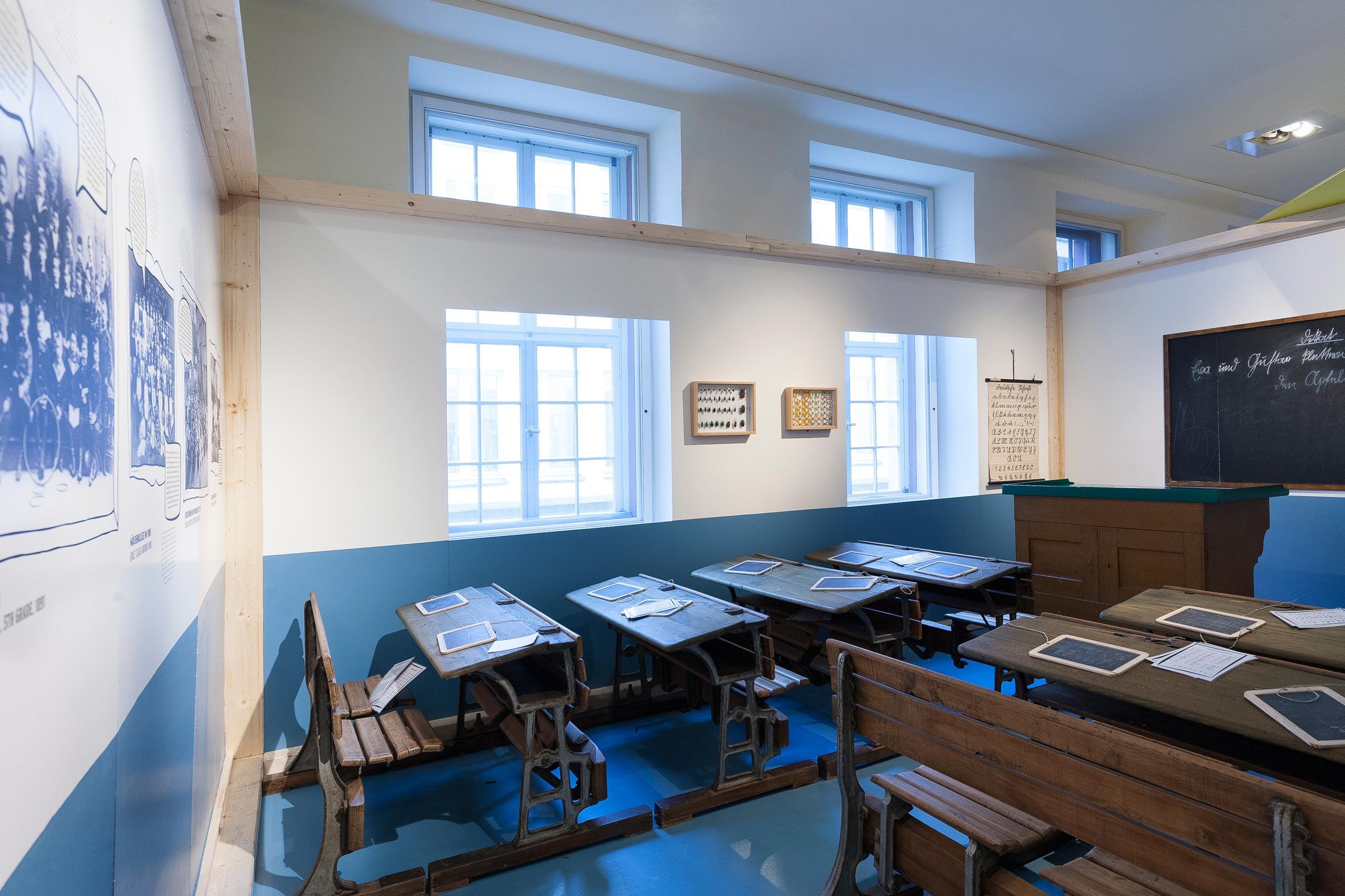 Tonia Bürkle (blaugrau): WOW! Das Beste aus 45 Jahren Kindermuseum für Junges Museum Frankfurt 7