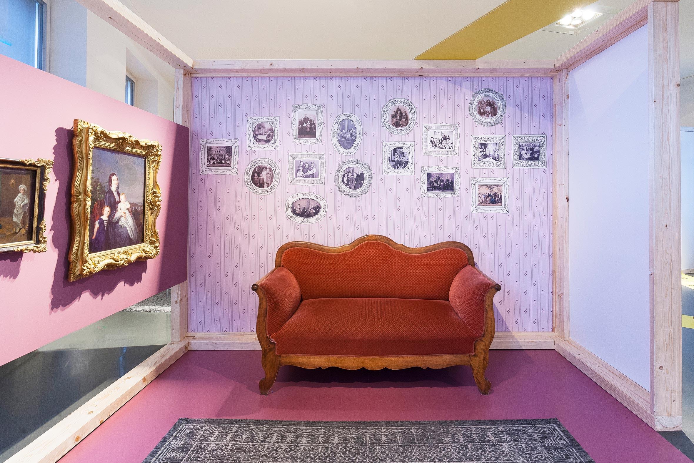 Tonia Bürkle (blaugrau): WOW! Das Beste aus 45 Jahren Kindermuseum für Junges Museum Frankfurt 14